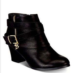 NWOT Thalia Leather & Gold Boots 💫NEVER WORN🌟